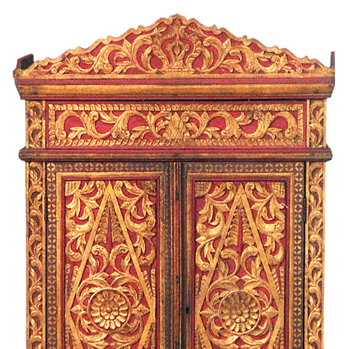 Pair of painted and guilded Solo Royal Palace wood cabinets