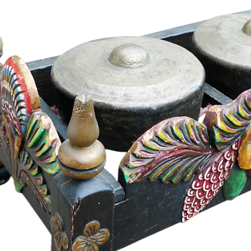 Three piece Javanese gamalon set