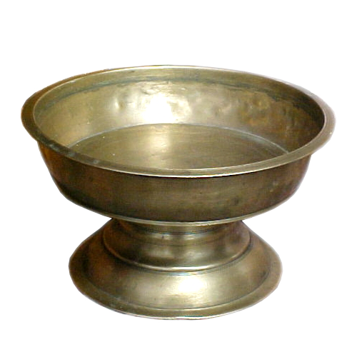 Bowl to a brass sirih set